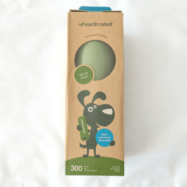 300 bags for dog poop on a single roll